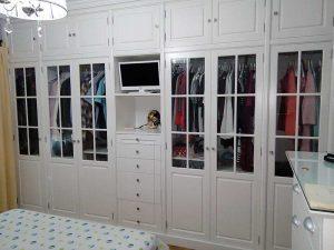 Frentes de armario e interiores