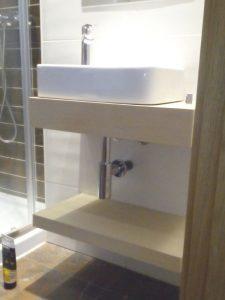 mueble de baño con balda